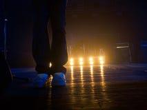 Πόδια στη σκηνή συναυλίας Στοκ Φωτογραφία