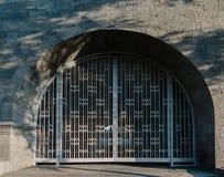 Πύλη αψίδων και μετάλλων Στοκ Φωτογραφίες