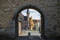Πύλη γαιδάρων ` s Ezelpoort στη μεσαιωνική πόλη της Μπρυζ, Belgiu Στοκ εικόνα με δικαίωμα ελεύθερης χρήσης