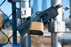 Πύλη και κλείδωμα Στοκ Φωτογραφίες