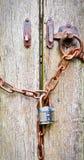 πύλη που κλειδώνεται Στοκ Φωτογραφίες