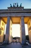 πύλη του Βερολίνου Βραδ& Στοκ εικόνα με δικαίωμα ελεύθερης χρήσης