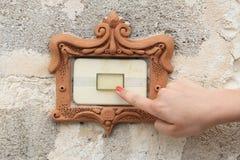 Πύλη doorbell στοκ εικόνα με δικαίωμα ελεύθερης χρήσης