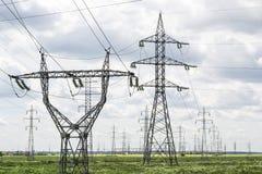 Πύργοι για την ηλεκτρική ενέργεια Στοκ εικόνα με δικαίωμα ελεύθερης χρήσης