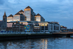 Πύργοι γραφείων του George ` s Quai στο Δουβλίνο Στοκ φωτογραφία με δικαίωμα ελεύθερης χρήσης