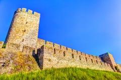 Πύργοι και τοίχοι της εικόνας Kalemegdan HDR Στοκ Εικόνα