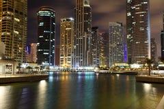 πύργοι λιμνών του Ντουμπάι jumeirah Στοκ Φωτογραφία
