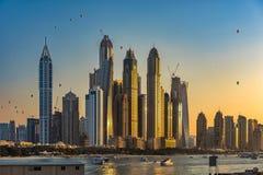 Πύργοι μαρινών του Ντουμπάι Στοκ εικόνα με δικαίωμα ελεύθερης χρήσης