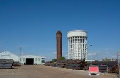 Πύργοι νερού Δοχεία αλατιού & πιπεριών, Goole, ανατολική οδήγηση του Γιορκσάιρ, UK στοκ φωτογραφία με δικαίωμα ελεύθερης χρήσης
