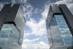 Πύργοι πυλών πόλεων, πόλη του Βουκουρεστι'ου Στοκ Εικόνες