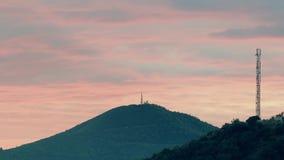 Πύργοι τηλεπικοινωνιών στα βουνά στο Μαυροβούνιο Στοκ φωτογραφία με δικαίωμα ελεύθερης χρήσης