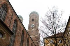 Πύργοι Frauenkirche στο Μόναχο Στοκ εικόνα με δικαίωμα ελεύθερης χρήσης