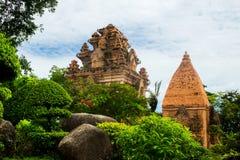 Πύργοι Ponagar τούβλου cham σε Nha Trang, Βιετνάμ Στοκ φωτογραφίες με δικαίωμα ελεύθερης χρήσης