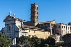 Πύργος εκκλησιών και κουδουνιών στη Ρώμη, Ιταλία Στοκ Εικόνες
