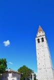 Πύργος εκκλησιών σε Aquileia, Ιταλία Στοκ Φωτογραφία