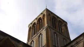 Πύργος εκκλησιών στη Γαλλία, Άγιος-Pierre-sur-καταδύσεις απόθεμα βίντεο