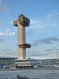 Πύργος ελέγχου εναέριας κυκλοφορίας Στοκ φωτογραφία με δικαίωμα ελεύθερης χρήσης