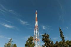 Πύργος επικοινωνιών Στοκ εικόνες με δικαίωμα ελεύθερης χρήσης