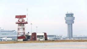 Πύργος ελέγχου αερολιμένων και πύργος επικοινωνίας ραντάρ φιλμ μικρού μήκους
