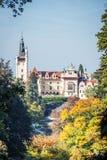 Πύργος και πάρκο Pruhonice στη Δημοκρατία της Τσεχίας Στοκ φωτογραφία με δικαίωμα ελεύθερης χρήσης