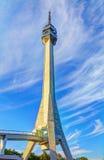Πύργος και σύννεφα Στοκ εικόνα με δικαίωμα ελεύθερης χρήσης