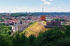 Πύργος και το χαμηλότερο Castle Vilnius στη Λιθουανία Στοκ Φωτογραφίες