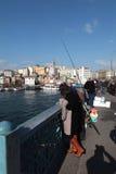 Πύργος και ψαράδες Galata Στοκ Εικόνες
