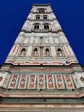 Πύργος κουδουνιών καθεδρικών ναών της Φλωρεντίας Ιταλικό μαρμάρινο αριστούργημα στοκ φωτογραφία