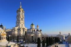 Πύργος κουδουνιών του ιερού Dormition Pochayiv Lavra το πρωί s Στοκ φωτογραφία με δικαίωμα ελεύθερης χρήσης
