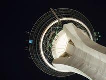 Πύργος Λας Βέγκας στρατόσφαιρας τη νύχτα Στοκ Εικόνα