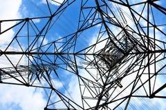 Πύργος μετάδοσης εναλλασσόμενου ρεύματος Στοκ φωτογραφία με δικαίωμα ελεύθερης χρήσης