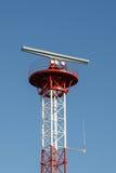 Πύργος με το ραντάρ Στοκ φωτογραφία με δικαίωμα ελεύθερης χρήσης