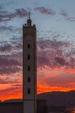 Πύργος μιναρών στο ηλιοβασίλεμα στοκ εικόνες με δικαίωμα ελεύθερης χρήσης