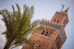 Πύργος μουσουλμανικών τεμενών στο Μαρακές Μαρόκο Στοκ Εικόνα