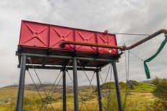 Πύργος νερού μηχανών ατμού, κόκκινος Στοκ φωτογραφίες με δικαίωμα ελεύθερης χρήσης