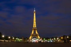 πύργος νύχτας του Άιφελ στοκ εικόνες με δικαίωμα ελεύθερης χρήσης