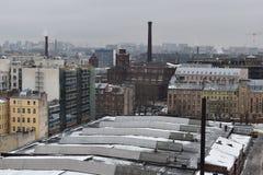 Πύργος πρωινού Αγίου Πετρούπολη housetop στοκ εικόνες