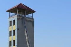 Πύργος πυρκαγιάς κατάρτισης Στοκ εικόνες με δικαίωμα ελεύθερης χρήσης
