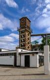 Πύργος ρολογιών στην αγορά οδών Chrisp στο ανατολικό άκρος του Λονδίνου Στοκ Εικόνες