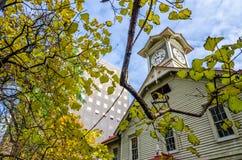 Πύργος ρολογιών Sapporo το φθινόπωρο Στοκ Εικόνα