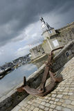 Πύργος ρολογιών και άγκυρα Στοκ Εικόνες