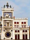 Πύργος ρολογιών του σημαδιού του ST στη Βενετία Στοκ εικόνα με δικαίωμα ελεύθερης χρήσης