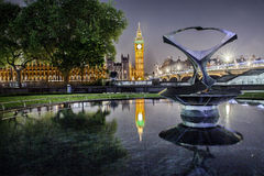 Πύργος ρολογιών Big Ben και σπίτι του Κοινοβουλίου Στοκ Εικόνες