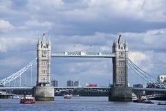 πύργος της Αγγλίας Λονδίνο γεφυρών Στοκ εικόνα με δικαίωμα ελεύθερης χρήσης