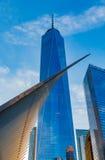 Πύργος της Ελευθερίας και Occulus του World Trade Center Στοκ φωτογραφία με δικαίωμα ελεύθερης χρήσης