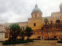 πύργος της Ιταλίας Παλέρμο Σικελία ρολογιών καθεδρικών ναών Στοκ Εικόνες