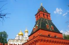 Πύργος της Μόσχας Κρεμλίνο και εκκλησία του αρχαγγέλου Στοκ φωτογραφίες με δικαίωμα ελεύθερης χρήσης
