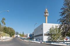 Πύργος τηλεπικοινωνιών και κεντρικό γραφείο των τηλεπικοινωνιών της Ναμίμπια στο W Στοκ Φωτογραφίες