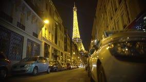 Πύργος του Άιφελ που λαμπιρίζει λαμπρά με τα εκατομμύρια των φω'των, ρομαντική νύχτα στο Παρίσι απόθεμα βίντεο