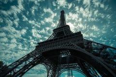 Πύργος του Άιφελ κατά τη διάρκεια του καλοκαιριού στο Παρίσι, Γαλλία Στοκ Φωτογραφίες